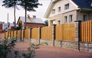Изображение - На каком расстоянии должен находиться забор от дома e3a39e2e705aeb3c864be56c2a977c08