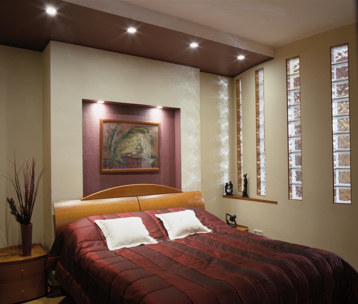 его декор квартиры стена со вставкой подсветкой мамочки